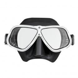 29/71 White Ergonomic Freediving Mask
