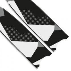 Leaderfins Monochrome Blades